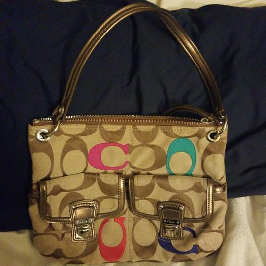 Preload https://item2.tradesy.com/images/coach-poppy-embroidered-signature-canvas-satchel-23755866-0-0.jpg?width=440&height=440