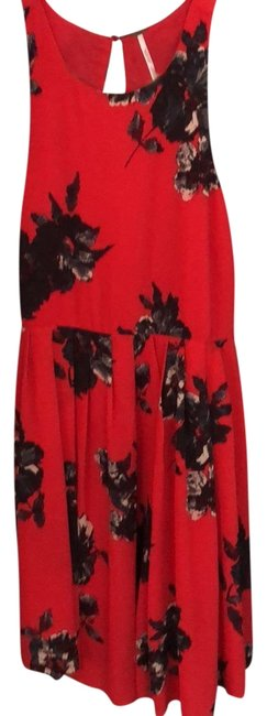 Preload https://item4.tradesy.com/images/free-people-red-floral-mid-length-workoffice-dress-size-8-m-23755873-0-1.jpg?width=400&height=650