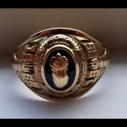 Others 10k vintage ring