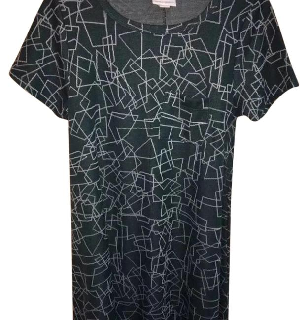 Preload https://img-static.tradesy.com/item/23756025/lularoe-carly-mid-length-short-casual-dress-size-00-xxs-0-1-650-650.jpg
