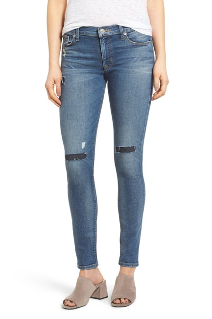Preload https://item4.tradesy.com/images/hudson-distressed-nico-midrise-super-trainee-skinny-jeans-size-28-4-s-23756043-0-0.jpg?width=400&height=650