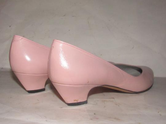Pappagallo Dressy Or Casual Ballet Almond Shaped Toes Pale 7.5 Kitten Heels pink leather Flats
