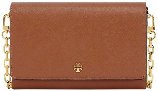 Preload https://item2.tradesy.com/images/tory-burch-chain-flat-wallet-tiger-s-eyebrowntan-saffiano-leather-cross-body-bag-23756121-0-1.jpg?width=440&height=440