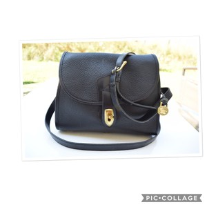 f49684747 Dooney & Bourke Cross Body Bags - Up to 90% off at Tradesy