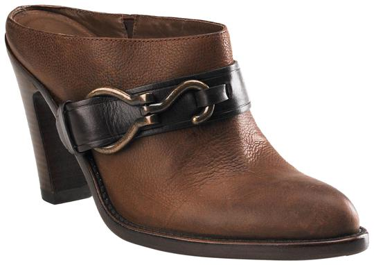 Preload https://item4.tradesy.com/images/cole-haan-brown-harness-leather-heeled-mulesslides-size-us-95-regular-m-b-23756293-0-1.jpg?width=440&height=440