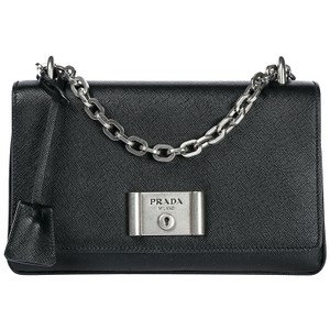 7db0529a1d Designer Handbags, Vintage & Luxury Bags on Sale - Tradesy