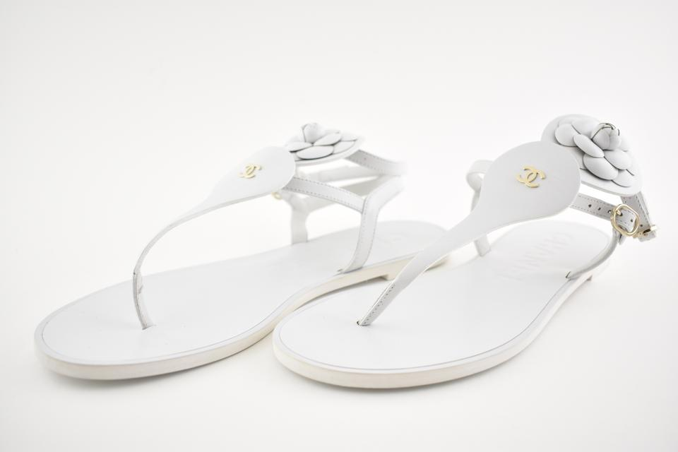 3a1b8d1b852 Chanel White 18c Leather Gold Cc Camellia Ankle Strap Thong Flat 40c  Sandals Size EU 40 (Approx. US 10) Wide (C