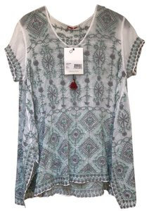 Johnny Was Embroidered Short Sleeve V-neck A-line Rayon Tunic