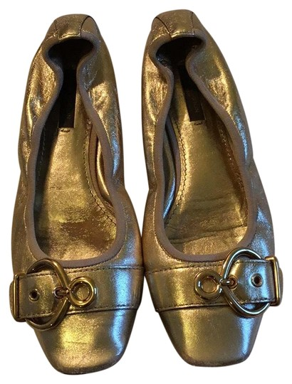 Preload https://img-static.tradesy.com/item/23759255/louis-vuitton-gold-ballerina-flats-size-eu-37-approx-us-7-regular-m-b-0-1-540-540.jpg