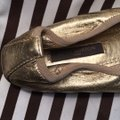 Louis Vuitton gold Flats Image 4
