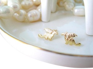Other New Little Gold dragon stud earrings