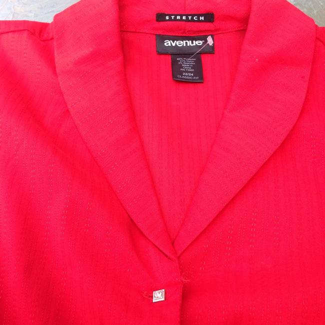 Avenue Button Down Shirt red Image 1