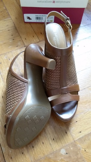 Naturalizer Slingback Summer Tan smooth Sandals Image 3