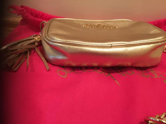 Lilly Pulitzer Chain Pebbled Leather Cross Body Bag Image 3