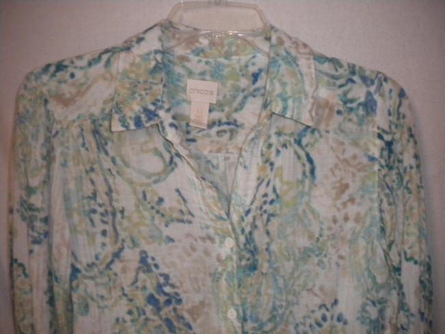 Chico's Long Sleeve Slight Crinkle Light Weight Button Front Cotton Button Down Shirt Multi-Color Image 4