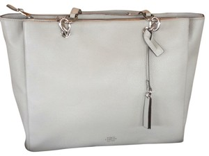 Vince Camuto Tote in Full Steam (Light Gray)