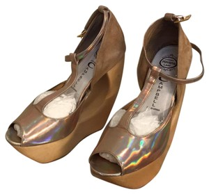 Jeffrey Campbell Gold / Nude Wedges