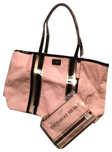 3c88b2cacb34 Get Victoria's Secret Weekend & Travel Bags for 70% Off or Less at ...
