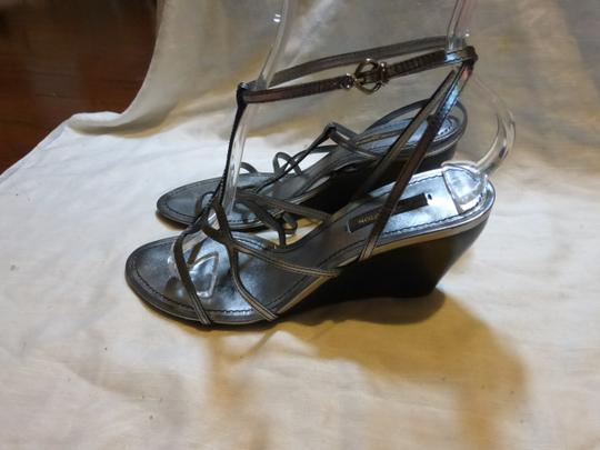 Louis Vuitton SILVER PATENT LEATHER Wedges Image 4
