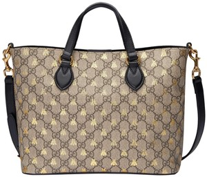 0bd841fbf0c Added to Shopping Bag. Gucci Tote in brown. Gucci New Gg Supreme Bees Large  Brown Canvas Tote