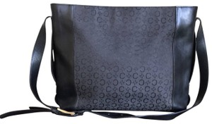 Céline Leather Gucci One Shoulder Tote in Black