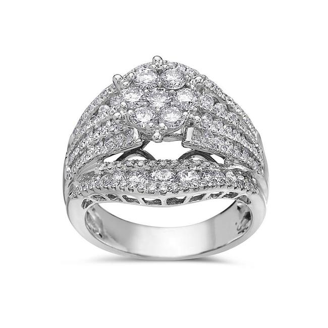 Ladies 18k White Gold with 2.56 Ct Engagement Ring Ladies 18k White Gold with 2.56 Ct Engagement Ring Image 1