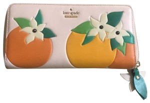 Kate Spade Spice things up blossom