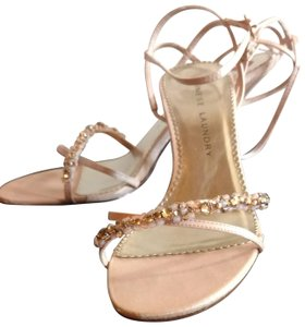Chinese Laundry Peach Sandals