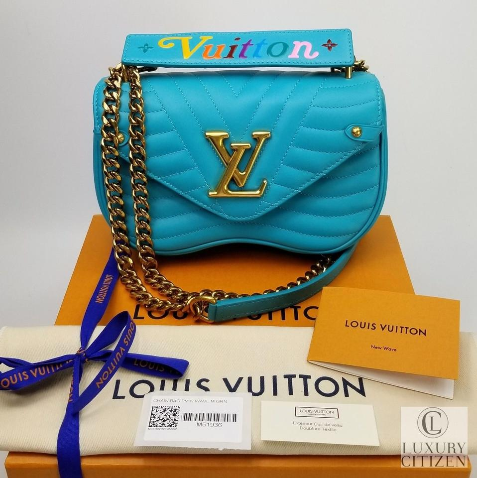 d27c6cb88f5c Louis Vuitton Wave Chain Leather Shoulder Bag Image 11. 123456789101112