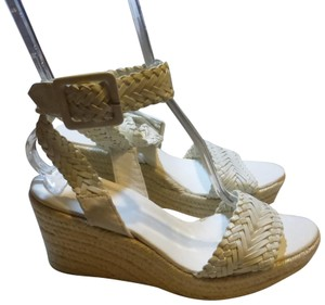 Hermès PATENT WHITE LEATHER Wedges