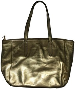 Fossil Tote in gold