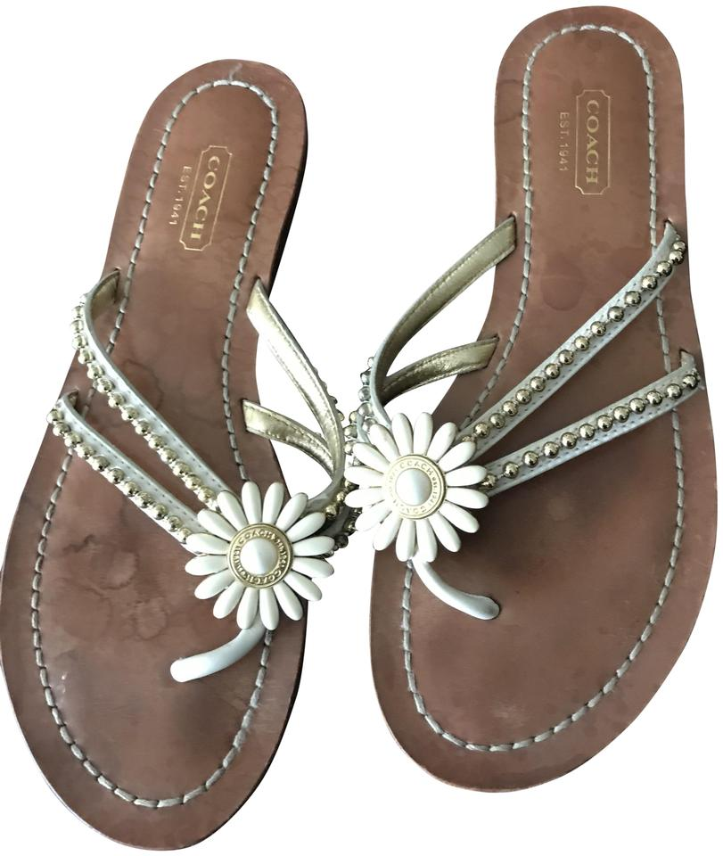 6bbe17db5 Coach Cream   Brown Leather Daisy Flower Sandals Size US 7 Regular ...