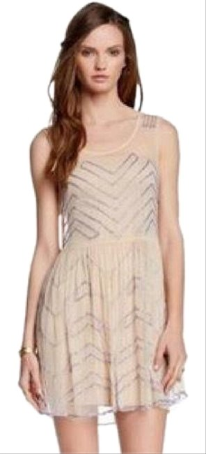 Item - Soft Peach Slip Above The Knee Pleated Beaded Mesh Short Cocktail Dress Size 12 (L)