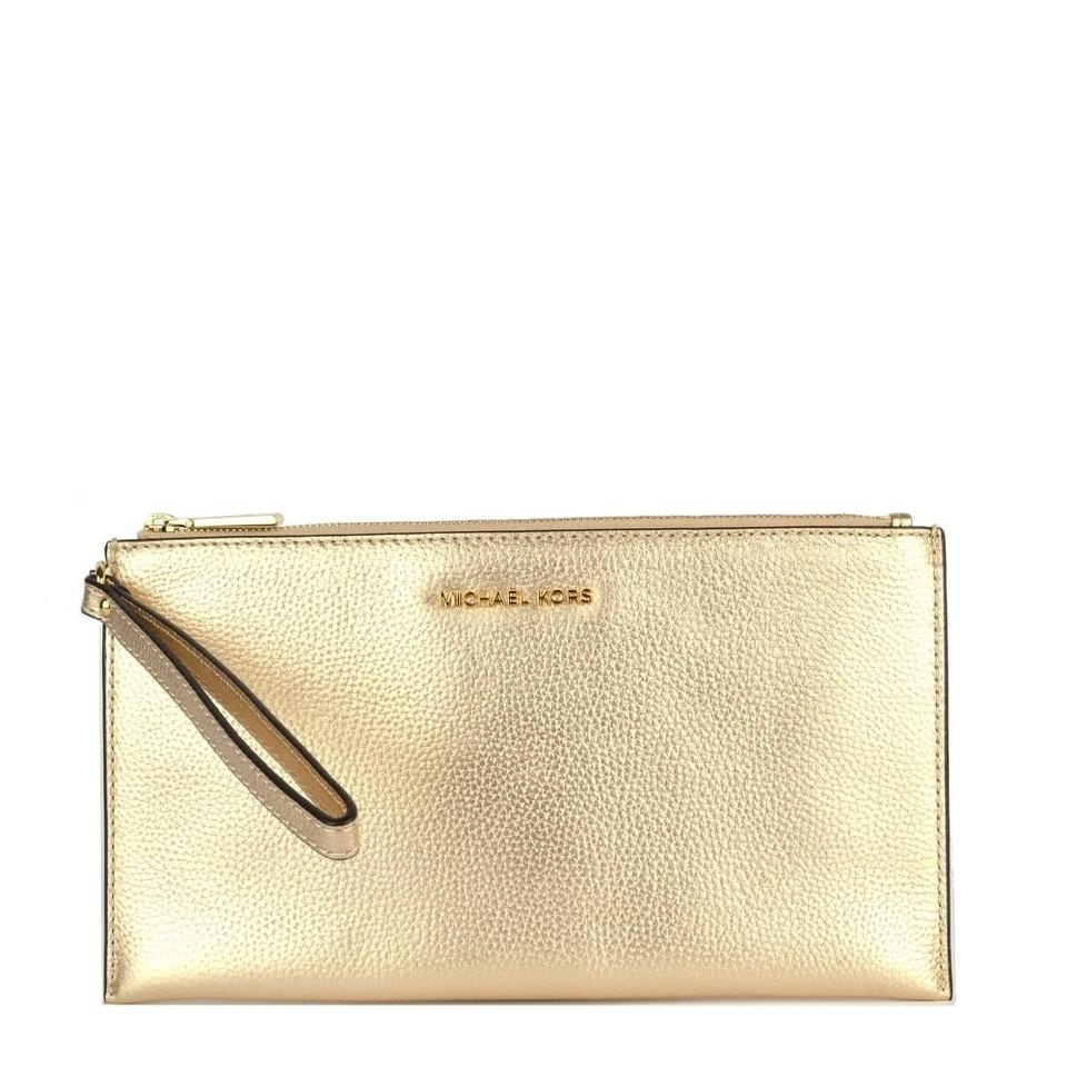 907a6bf657851 Michael Kors Bedford Lg Zip Clutch Pale Gold Pebble Leather Wristlet ...