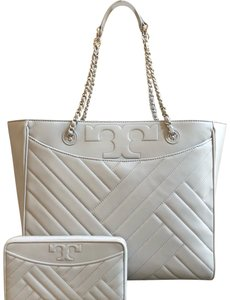 Tory Burch Quilted Lamb Leather Channel Large 2pcs Tote in cement (grey)