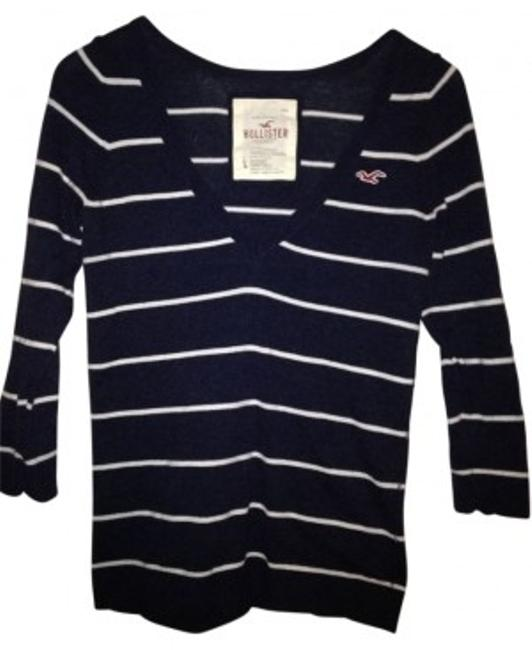 Preload https://img-static.tradesy.com/item/23776/hollister-navy-with-white-stripes-long-sleeved-classic-sweaterpullover-size-12-l-0-0-650-650.jpg