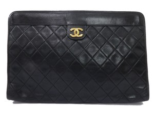 Chanel Vintage Leather Luxury Limited Edition European black Clutch