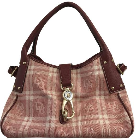 Preload https://img-static.tradesy.com/item/23776632/dooney-and-bourke-and-canvas-and-maroon-leather-satchel-0-1-540-540.jpg
