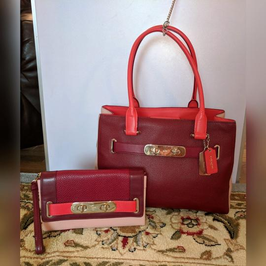 Coach Satchel in Ballet Pink and Maroon Image 8
