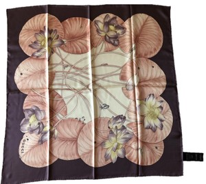 Gucci Gucci Scarf 100% Silk Lotus flower Print Made in Italy