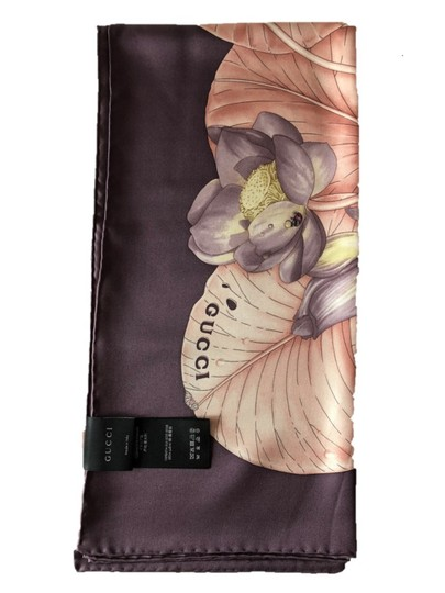 Gucci Gucci Scarf 100% Silk Lotus flower Print Made in Italy Image 3