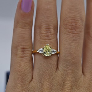 Yellow Gold 14k Engagement with Center 1.04ct Pear Shape Ring