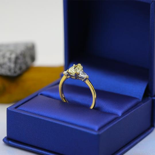 Yellow Gold 14k Engagement with Center 1.04ct Pear Shape Ring Image 1