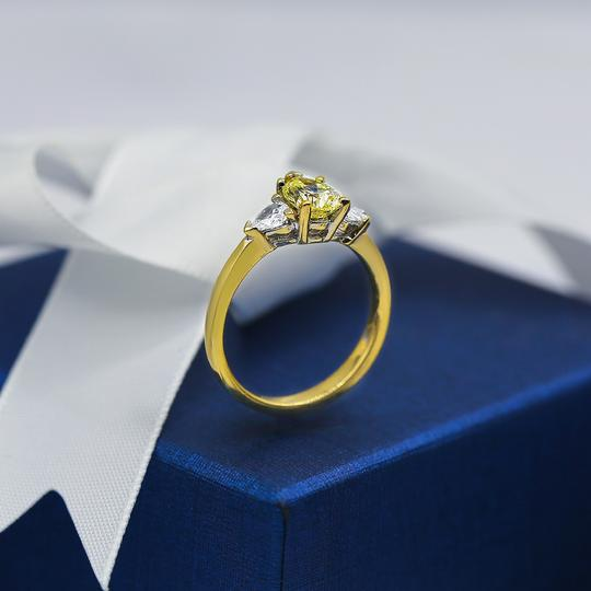 Yellow Gold 14k Engagement with Center 1.04ct Pear Shape Ring Image 2
