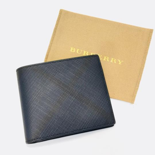 Burberry London London Check International Bifold Wallet Image 2