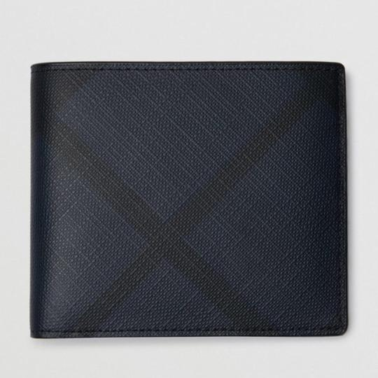 Burberry London London Check International Bifold Wallet Image 6