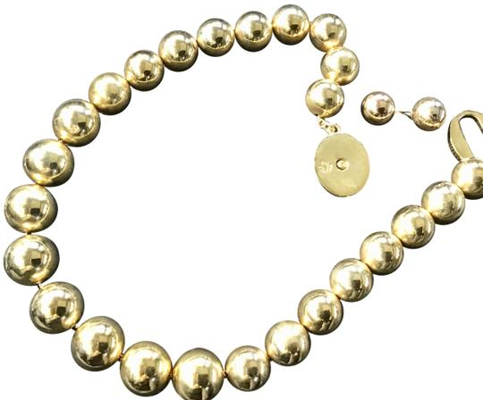 Preload https://img-static.tradesy.com/item/23778656/brooks-brothers-gold-link-ball-choker-and-earrings-necklace-0-1-540-540.jpg