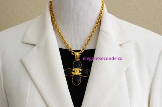 Chanel Auth. Vintage Chanel Gold Plated Necklace Stone Pendant Image 1
