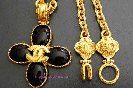 Chanel Auth. Vintage Chanel Gold Plated Necklace Stone Pendant Image 7