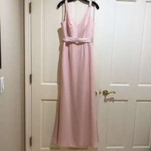 Vera Wang Bridal Blush Crepe Long V Neck Gown with Open Back Feminine Bridesmaid/Mob Dress Size 8 (M)